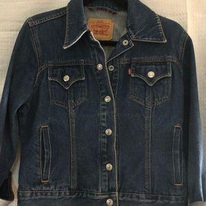 Levi Classic Denim Jacket